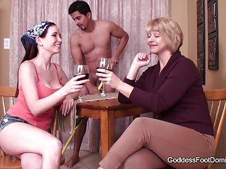 迪斯尼字色情的规则闪视频家庭主妇足崇拜